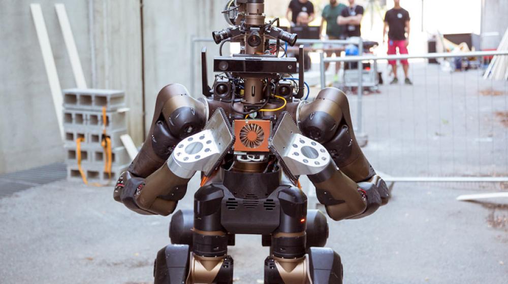 災害救助に役立つ馬型ロボット「Centauro」