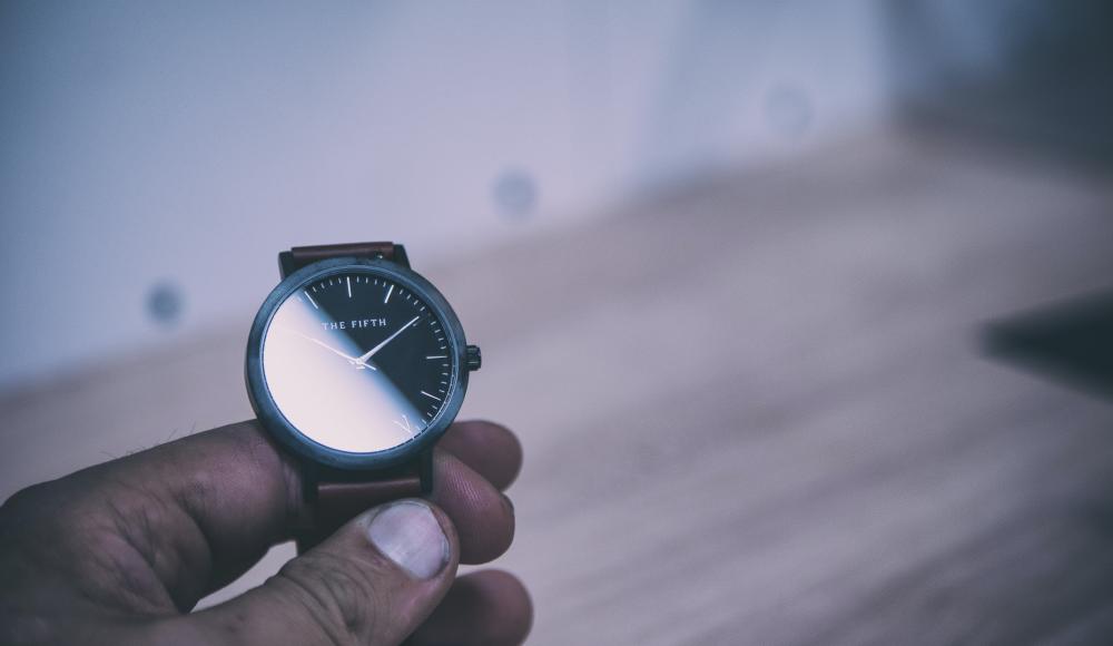 常に身に着けている腕時計に防災機能を搭載