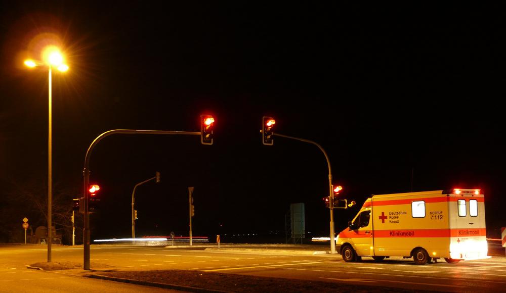 コンパクトな車体で、いち早く病院へたどり着ける救急搬送車